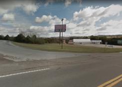 472 Highway 305:
